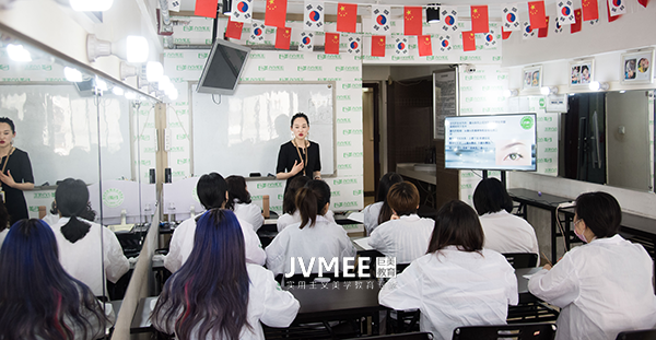 学习韩式半永久纹绣培训哪里好