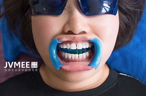 美牙培训需要医生资格证吗