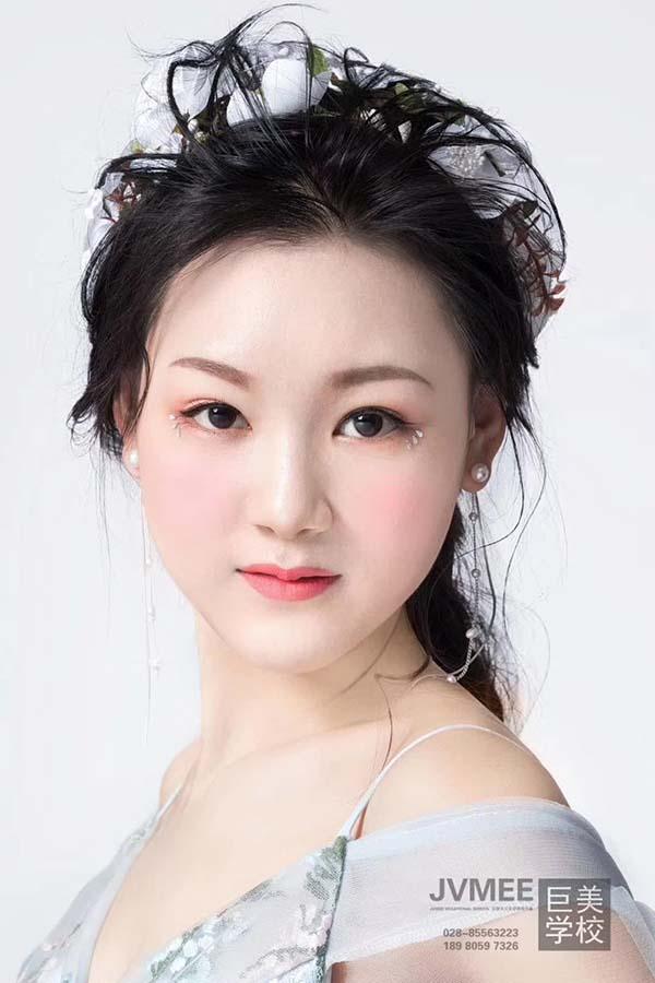 资阳市化妆主要学什么