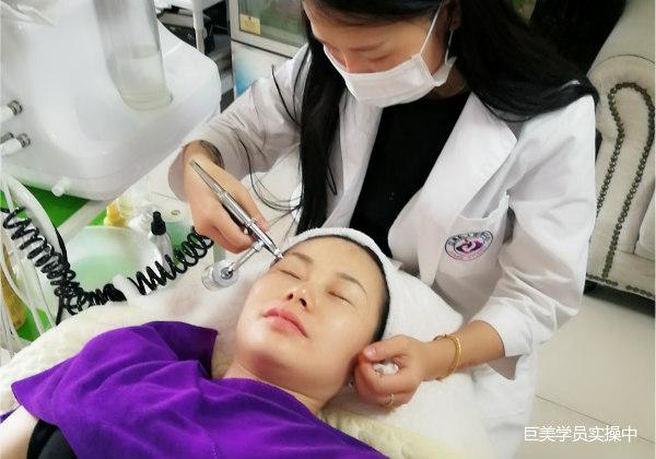 学美容有发展吗