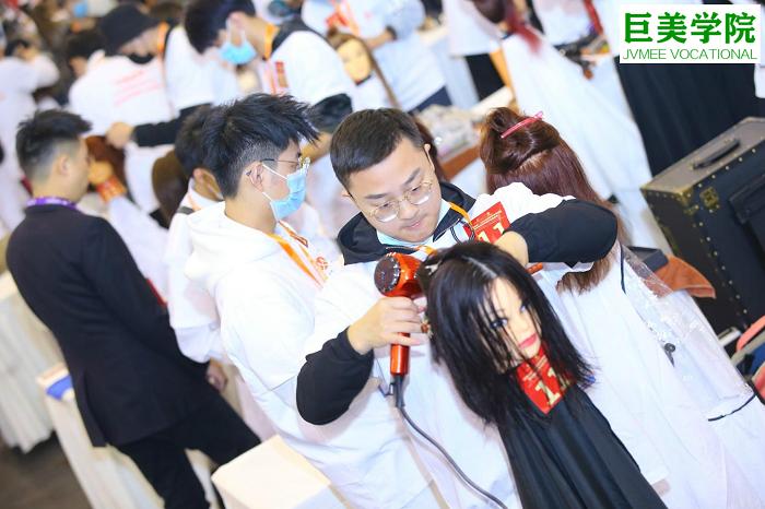 广元有专业的美发学校吗