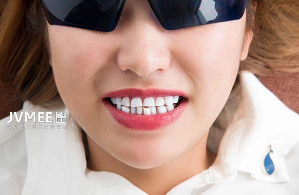 自由职业做美牙师怎么样