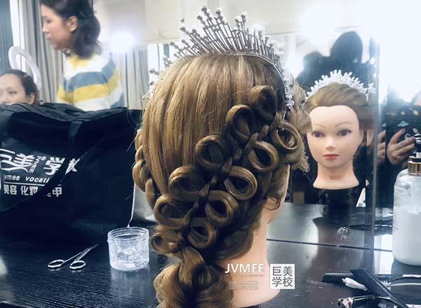 丽江化妆培训在哪里