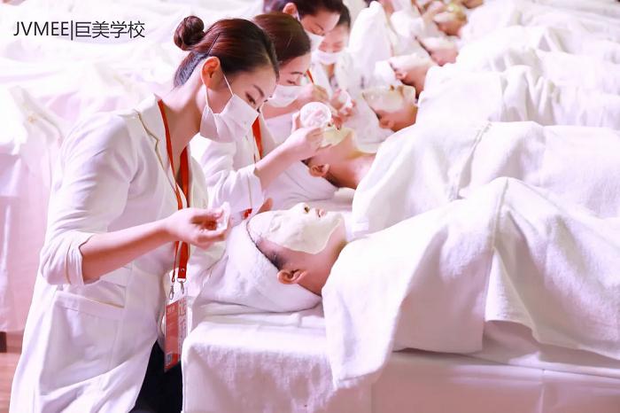 国家人社部批准  皮肤管理师成为美容师职业下的新工种